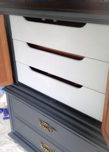 Interior drawers painted in paris grey.