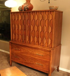 Kent-Coffey Highboy by WoodBrassClass